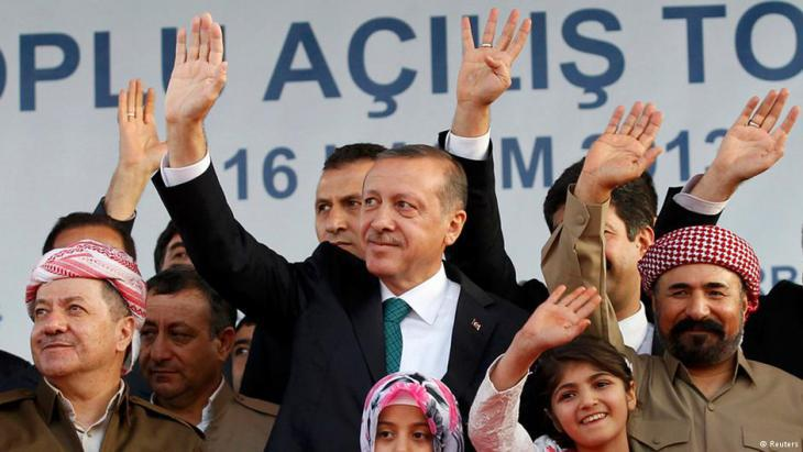Barzani and Erdogan in 2013 (photo: Reuters)