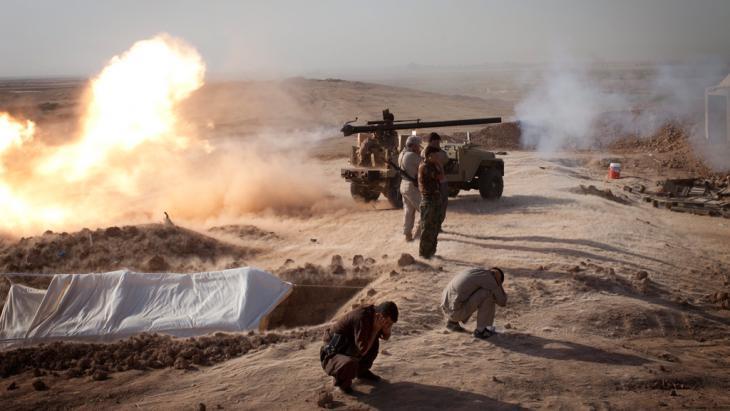 Shia militiamen fighting against IS in Iraq (photo: picture-alliance/dpa)