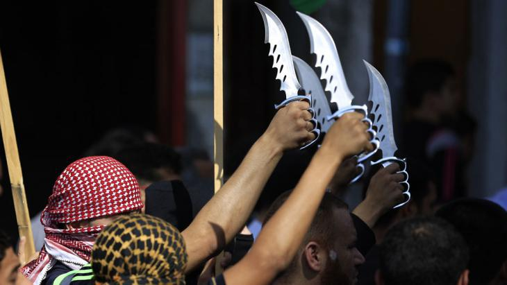 Militant Palestinians in Jabalia refugee camp (Getty Images/AFP/M. Abed)