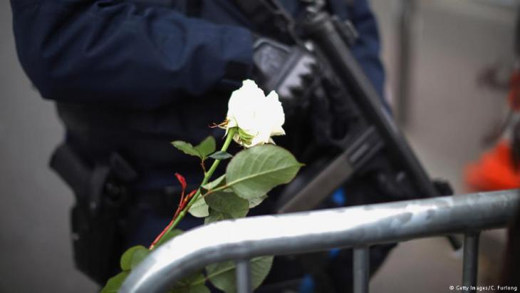 Armed police at the Bataclan site in Paris (photo: Christopher Furlong/Getty Images)