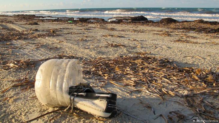 Rubbish on the beach in Zuwara