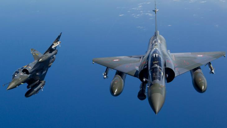 French Mirage fighter jets (photo: picture-alliance/dpa/Amboise/Ecpad/Sirpa Air Hand)
