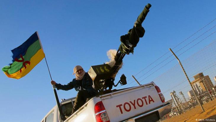 Berbers block gas and oil production facilities in Libya (photo: DW/K. Zurutuza)