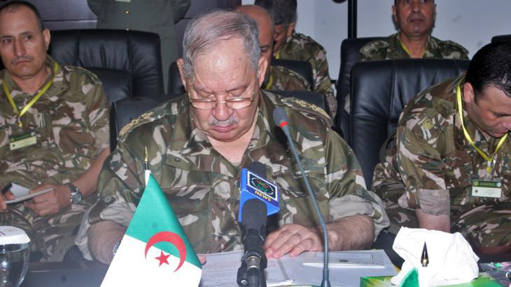 Head of the Algerian armed forces, Ahmed Gaid Salah (photo:: STR/AFP/Getty Images)