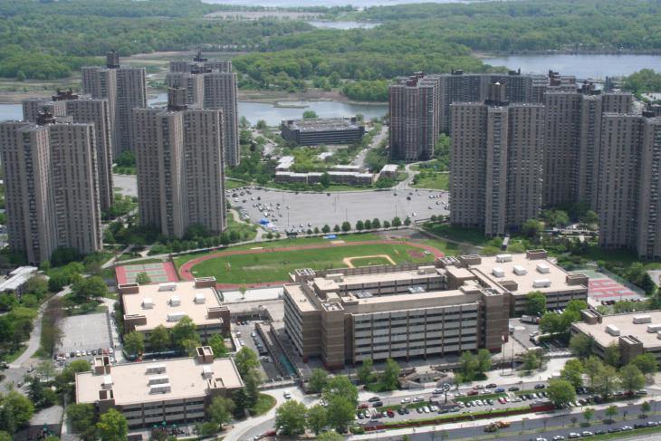 The Harry S. Truman High School and the university campus in Co-Op City, New York City (photo: Wikipedia/David L. Roush)