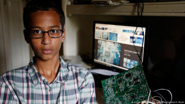 Texan Muslim schoolboy Ahmed Mohamed and his clock
