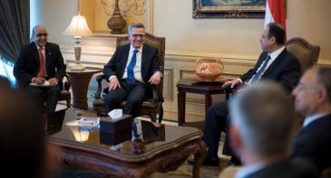 German Minister of the Interior Thomas de Maiziere meets the Egyptian Interior Minister Magdy Abdel Ghaffar in Cairo (photo: BMI)