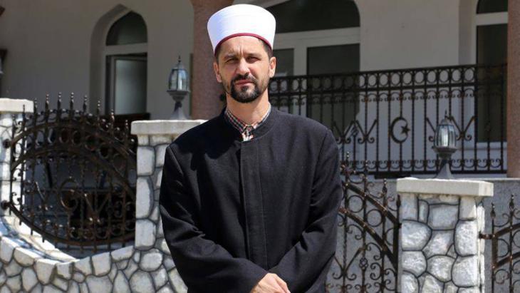 Damir Pestalic, imam of the Islamic community in Srebrenica, Bosnia Herzegovina (photo: DW/M. Sekulic)