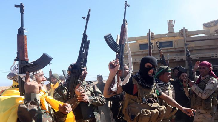 Shia militia in Iraq (photo: AFP/Getty Images/A. Al-Rubaye)