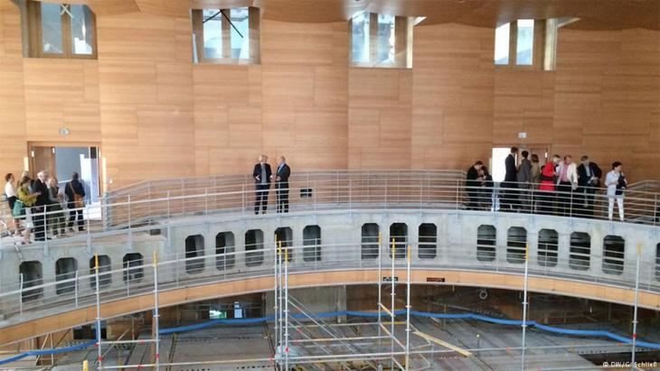 Daniel Barenboim and Monika Grutters admire the Barenboim-Said Academy concert hall designed by U.S. architect Frank Gehry