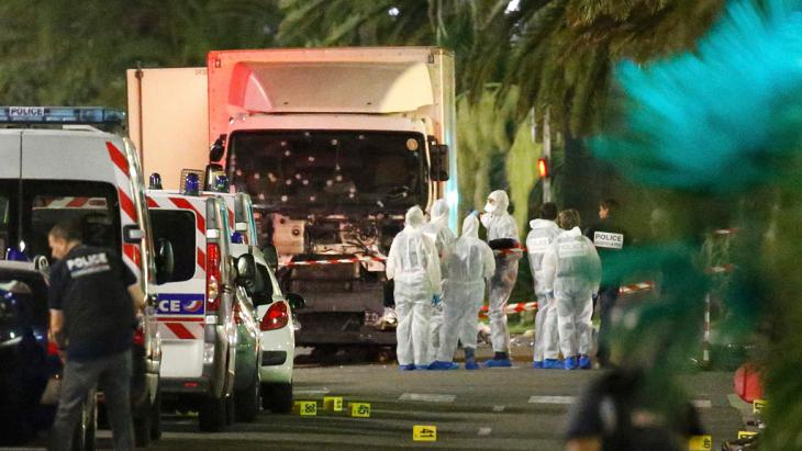 Truck driven by Nice attacker Mohamed Lahouaiej-Bouhlel (photo: Reuters/E. Gaillard)