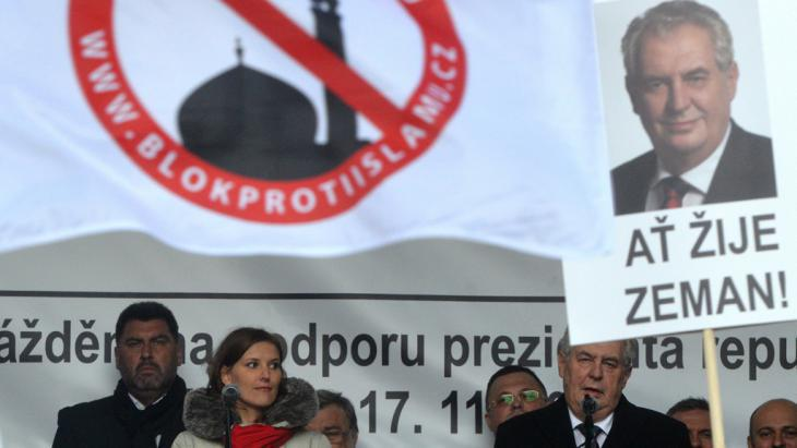 Milos Zeman during an anti-Islam rally in Prague (photo: Getty Images/AFP/M. Cizek)