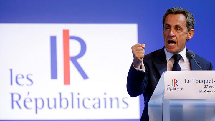 Nicolas Sarkozy giving a speech in Le Touquet (photo: Reuters/P. Rossignol)