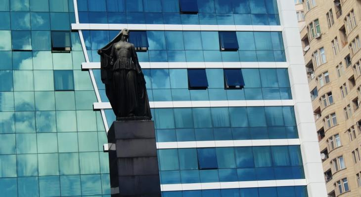 """The Liberated Woman"" erected in Baku in 1960 (photo: Nermin Kamal)"