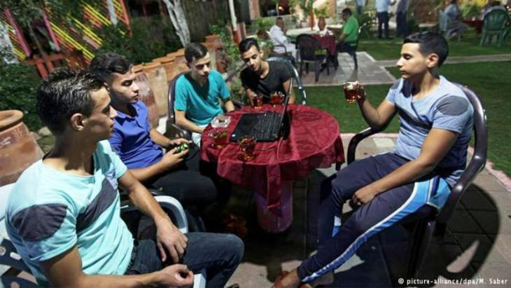 Young voters in Palestine