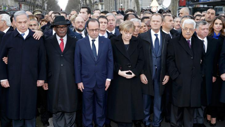 Heads of state unite in mourning in Paris, 11 January 2015 (photo: Reuters/Wojazer)
