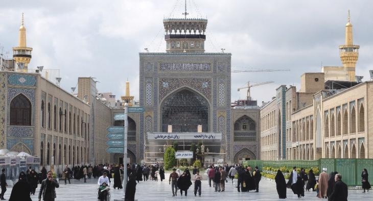 Ancient gate to the Courtyard of the Islamic Revolution in Mashhad (photo: Ulrich von Schwerin)