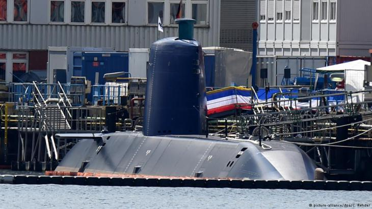 A military submarine hot off the production line, destined for export to Israel, at Thyssen Krupp Marine Systems dock in Kiel, Germany (photo: dpa)