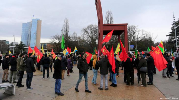 Protesting against Erdogan during Cyprus negotiations in Geneva, Switzerland (photo: Reuters/P. Albouy)