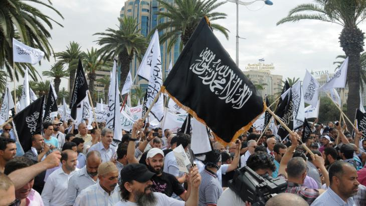 """Ansar Sharia"" Salafists demonstrating in Tunis in 2013 (photo: Taieb Kadri)"
