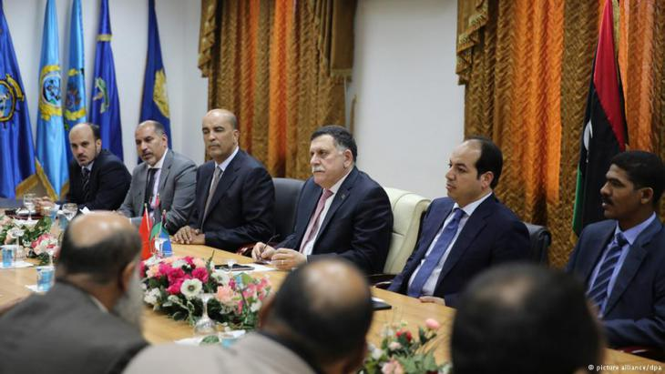 A session of Libya's Presidential Council, chaired by Prime Minister Fayez Sarraj (photo: picture-alliance/dpa)