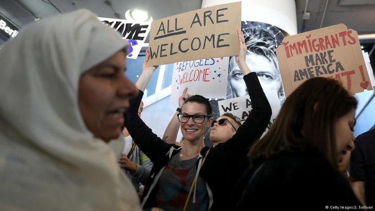 Thousands demonstrate – here at Los Angeles International Airport (photo: Getty Images)