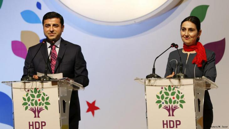 HDP leader Selahattin Demirtas and co-chair of the pro-Kurdish party HDP Fiden Yuksekdag (photo: Reuters/Murat Sezer)