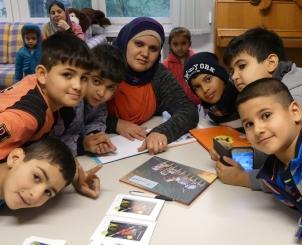 "The German-Arabic children′s book series ""Einfach Lesen!"" (Just read!) helps children settle into their new environment (photo: Jasmin Zikry)"