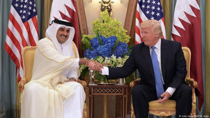 Emir of Qatar Tamim Bin Hamad Al-Thani meets U.S. President Donald Trump in Riyadh (photo: Getty Images/AFP/M. Ngan)