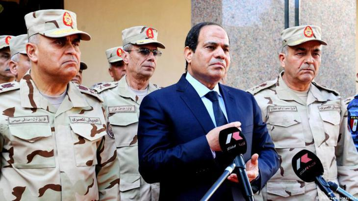 Egypt's President Abdul Fattah al-Sisi surrounded by commanders of the Egyptian army (photo: Reuters)