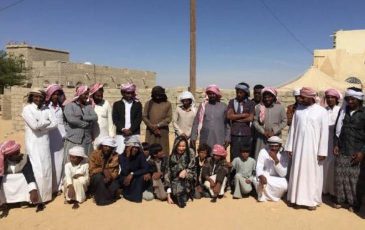 Elizabeth Kendall with tribesmen in Yemen (photo: private)