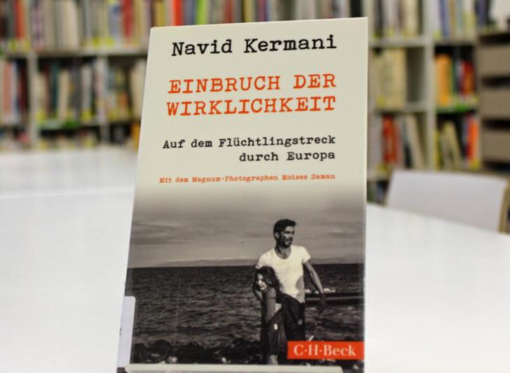 Navid Kermani′s ″Einbruch der Wirklichkeit. Auf dem Flüchtlingstreck durch Europa″ (Breaking Into Reality. On a Refugee Trek through Europe; published by C.H. Beck; photo: Goethe-Institut London/Nicolas Gaeckle)