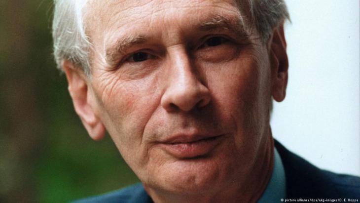 Dieter Grimm (photo: picture-alliance/dpa/AKG Images/E. Hoppe)