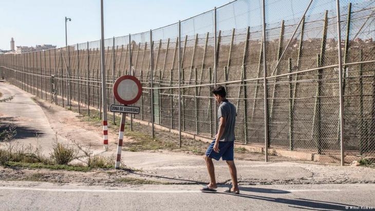 Melilla border fence (photo: Mikel Romeo)