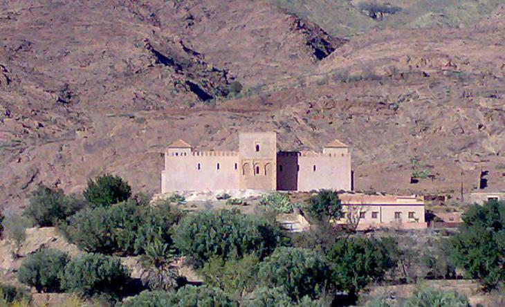 Moschee von Tinmal, das langjährige Bergexil Ibn Tūmarts; Foto: Wikimedia