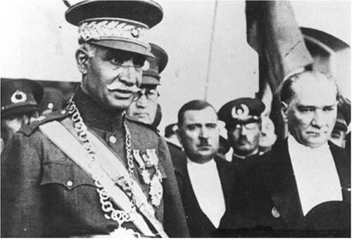 Reza Shah visiting Mustafa Kemal in Turkey (photo: Wikipedia)