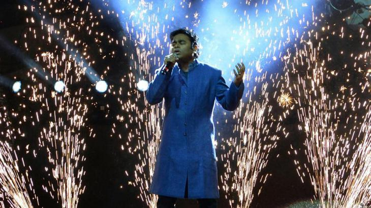 A.R. Rahman during a concert in the Indian city of Bhopal in 2012 (photo: Rajeev Gupta/AP)