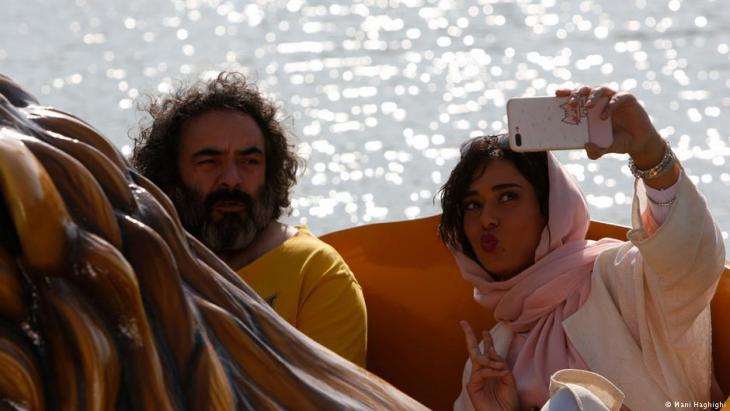 """A selfie for Instagram: still from """"Khook"""" with Hasan Majuni and Parinaz Izadyar"""