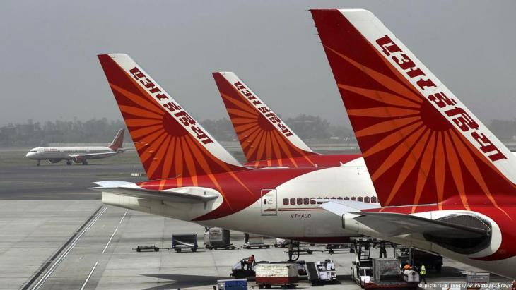 Aircraft belonging to the ailing state-owned Air India (photo: picture-alliance/AP)
