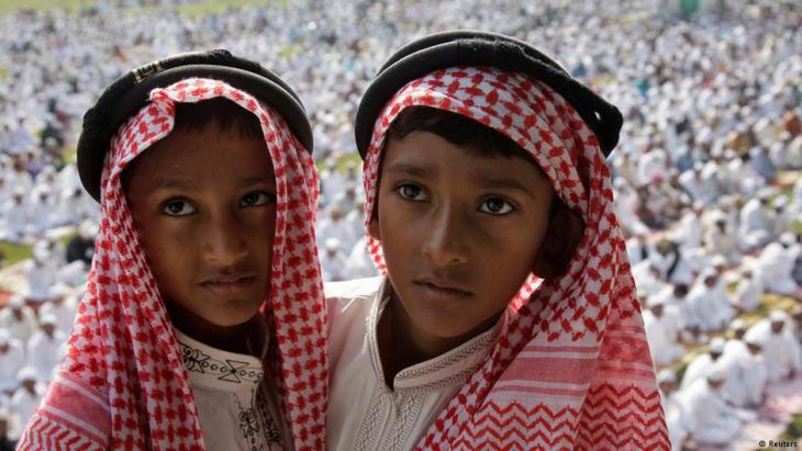Muslim children celebrating Eid ul-Adha in the Indian city of Allahabad (photo: Reuters/Jitendra Prakash)