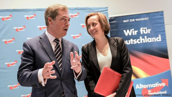 AfD press conference with Beatrix von Storch and former UKIP leader Nigel Farage in Berlin (photo: picture-alliance/dpa)