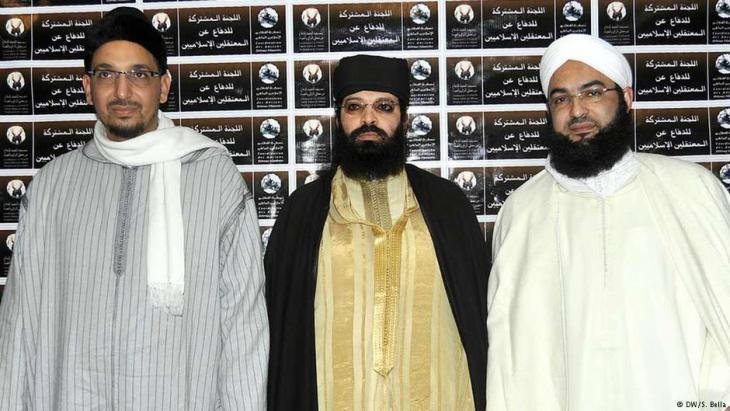 Moroccoʹs leading Salafists: Hassan Kettani (l.), Omar Hadouchi and Abou Hafs (photo: Deutche Welle)