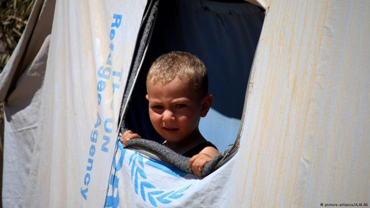 Syrian refugee child in a United Nations shelter in Daraa (photo: picture-alliance)