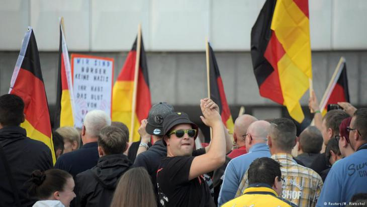 """Pro Chemnitz"" demonstration in Chemnitz city centre (photo: Reuters/M. Rietschel)"