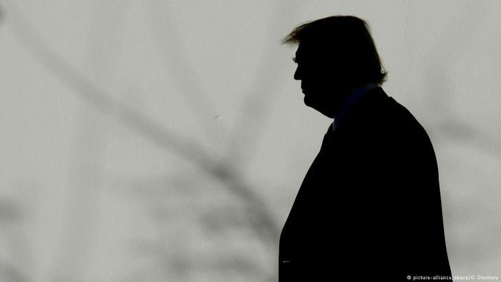 Silhouette of Donal Trump (photo: picture-alliance/abaca)