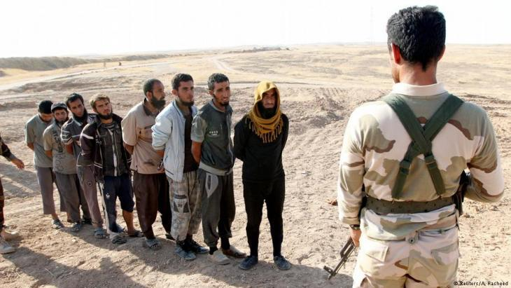 IS fighters arrested by pershmerga units near Kirkuk in October 2017 (photo: Reuters)