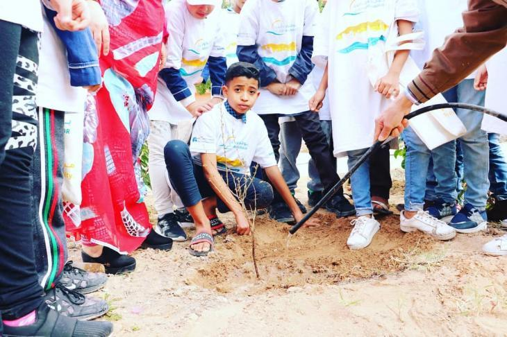 High Atlas Foundation plants trees with locals in Morocco (photo: High Atlas Foundation)