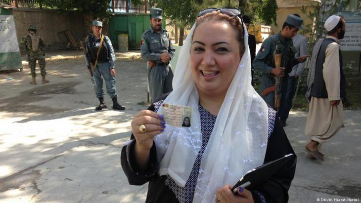 Shukria Barakzai, Afghan member of parliament and womenʹs rights campaigner (photo: DW/W. Hasrat-Nazimi)