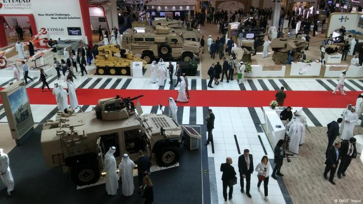 The latest state-of-the-art technology was on display at the 2019 IDEX in Abu Dhabi (DW/T. Hasel)