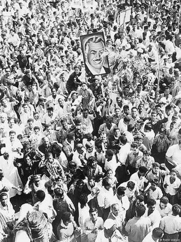Supporters of former Egyptian president Gamal Abdel Nasser in the streets of Cairo in 1967 (photo: public domain)